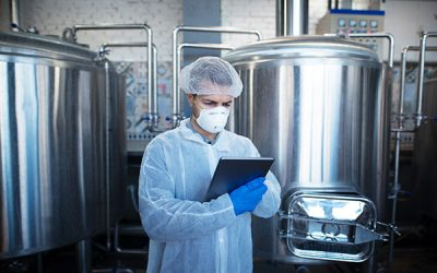 Importancia de vigilar la salud de los manejadores de alimentos